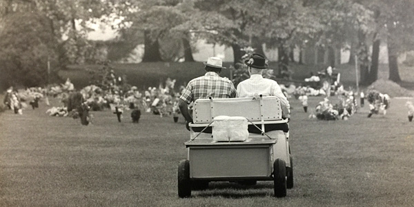 James Thompson and Eddie Bernstein riding a golf cart with Gypsy's remains in the back. Evening Star staff photographer Silverman. Reprinted with permission of the DC Public Library, Star Collection © Washington Post